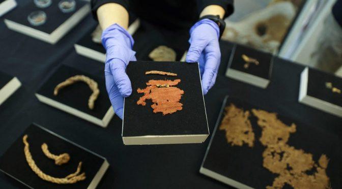 Israël: découverte historique d'un manuscrit biblique vieux de 2 000 ans